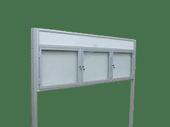 Aluminiowa gablota 8WTSP6FG5 wolnostojąca jednostronna 3-skrzydłowa